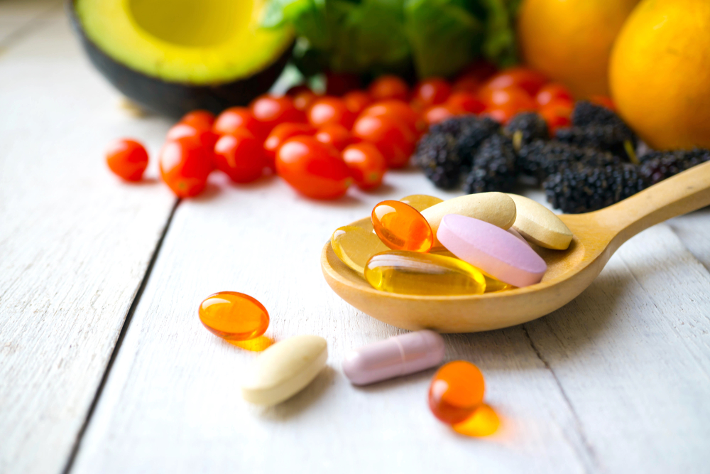 Can taking dietary supplements during chemotherapy do more harm than good?